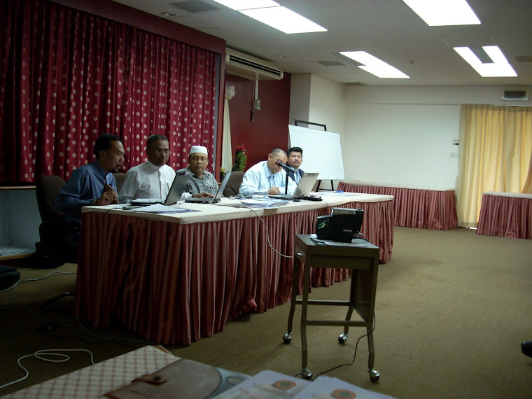 Pengerusi KOKAMI bersama Ahli-Ahli Jawatankuasa KOKAMI