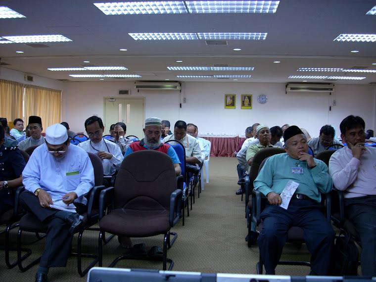 Penghulu-Penghulu Mukim Dan Ketua-Ketua Kampung