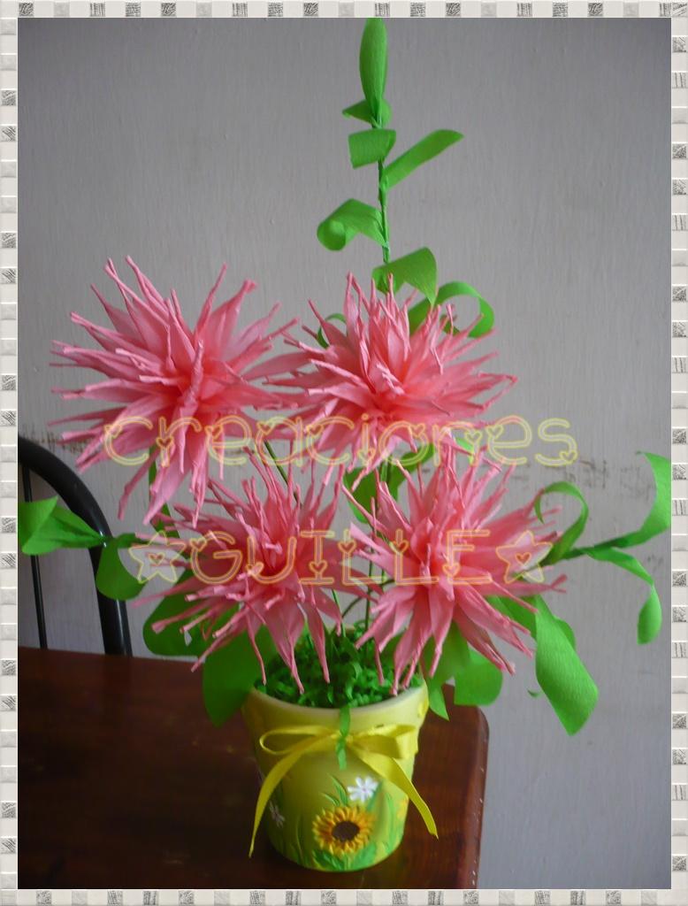 Compartiendo manualidades macetitas con flores de for Manualidades con papel crepe