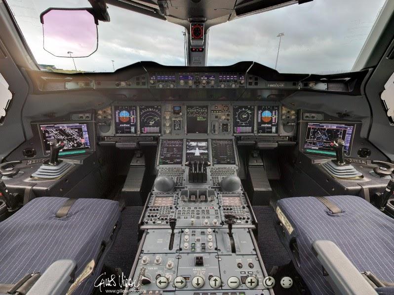 Cabina di pilotaggio airbus a380 28 images airbus fsx for Affitti della cabina di whistler