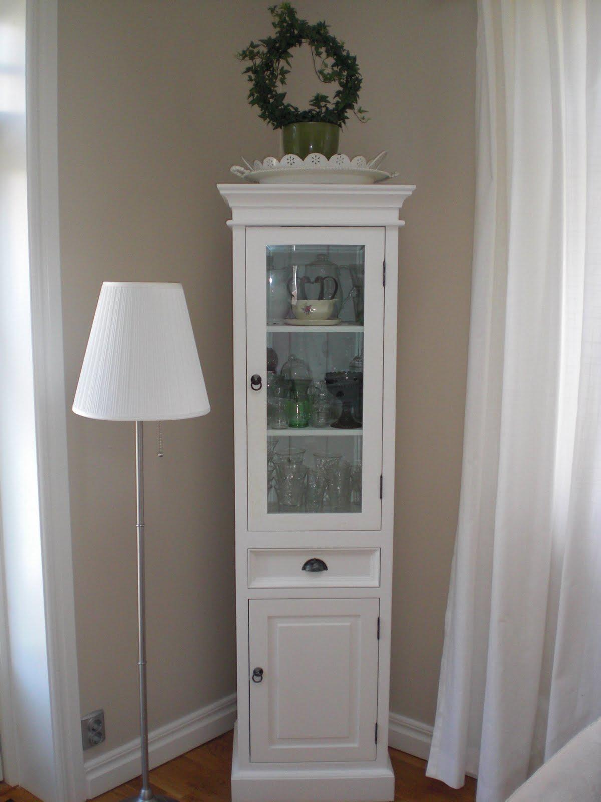 villaantiks charmiga möbler