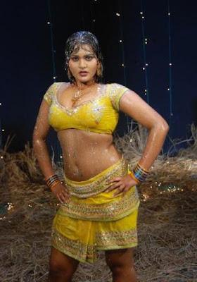 telugu sex item bomb priya spicy hot photo stills