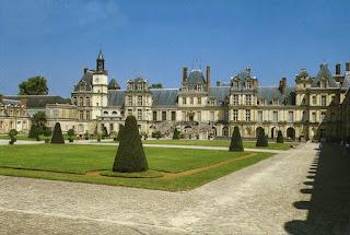 Fontainebleau- urbanização medieval