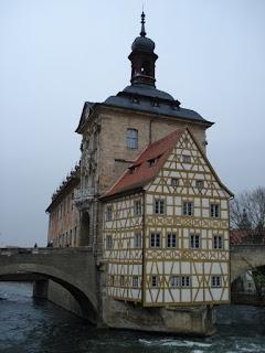Castelo - urbanização medieval