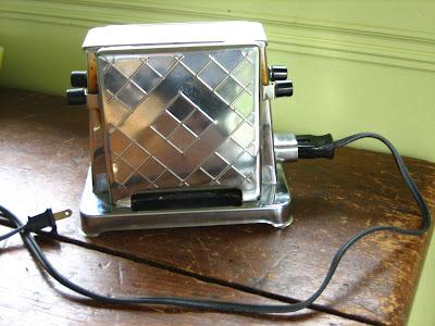 Vonlipi's Favorites: VTT: First Toaster