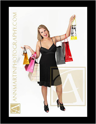 DFW area senior pictures or portraits of graduating senior girl example poses with shopping bags