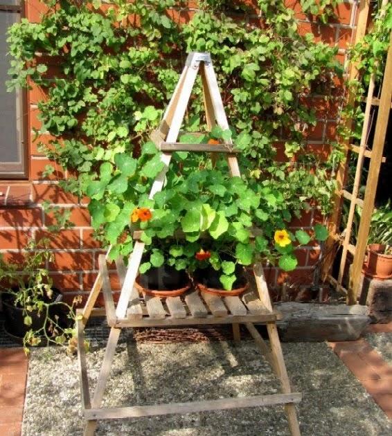 Inspirationen Dekoration Für Den Garten: Garten-anders: Selbstgebauter Blumenständer Für Den Garten