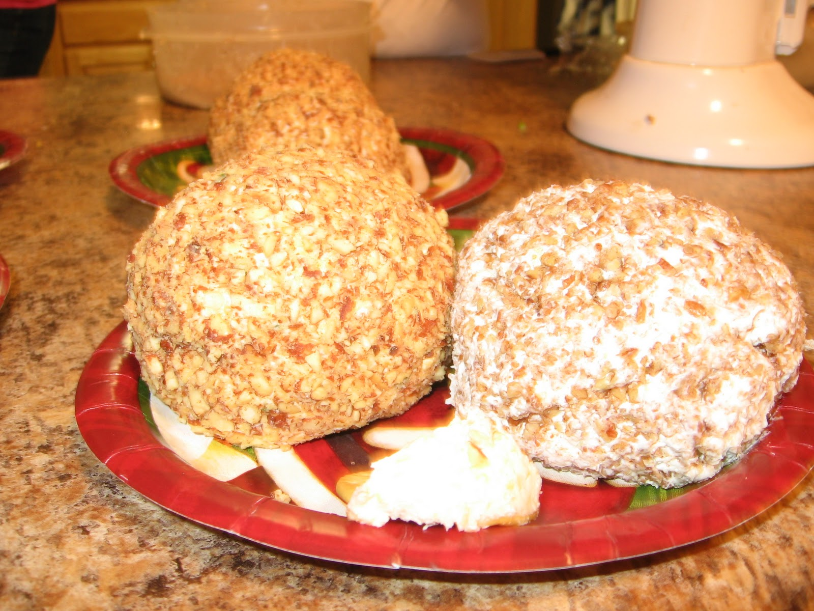 My Recipe Book~: Cheddar Cheese Ball
