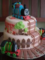 THOMAS n FRENS CAKES