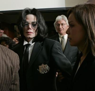 Mike madurito. - Página 5 Michael+Jackson+juicio+14