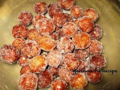 Dry Gulab Jamun