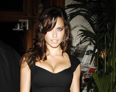 Adriana Lima's Got Killer Cleavage!