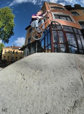Amazing Bicycle Stunts Photography