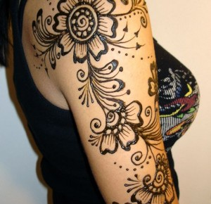 upper arm Mehndi patterns bridal
