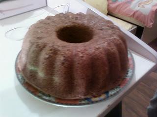 cevizli kek,kolay cevizli kek,resimli cevizli kek,cevizli kek yapılışı