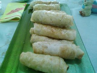 Fırında sigara böreği,fırında kolay börek,kolay lezzetli börek,resimli börek tarifi,sarma börek