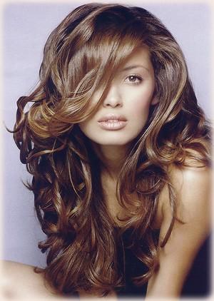 Moldeado de cabello con tenaza