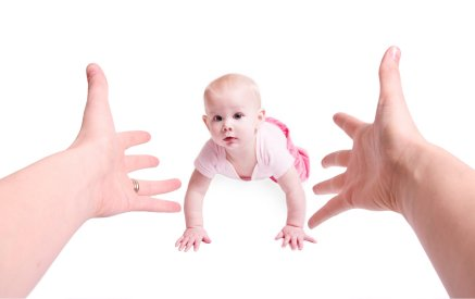 how to help baby start crawling