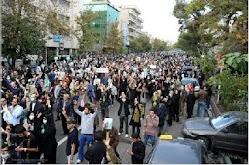 حضور توده ای جوانان - زنان  در خیابان های ایران سیزدهم آبان