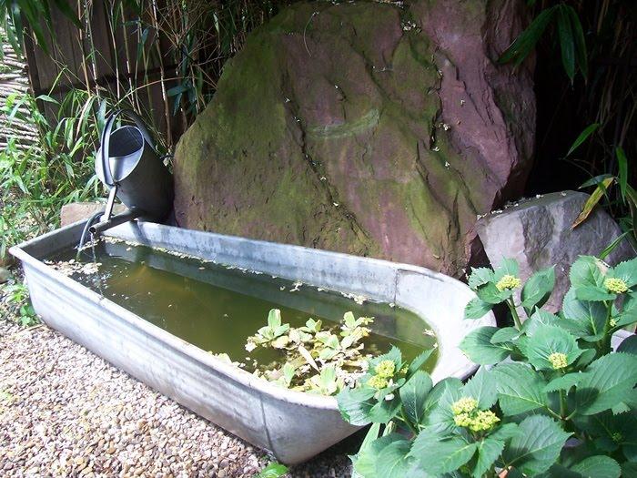 Neues vom lindenhof pierrettes garten - Badewanne im garten ...