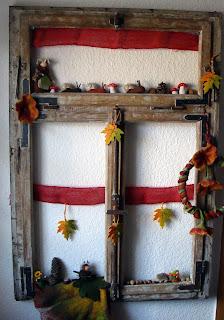 Shabby herbstfenster mara zeitspieler for Altes fenster dekorieren