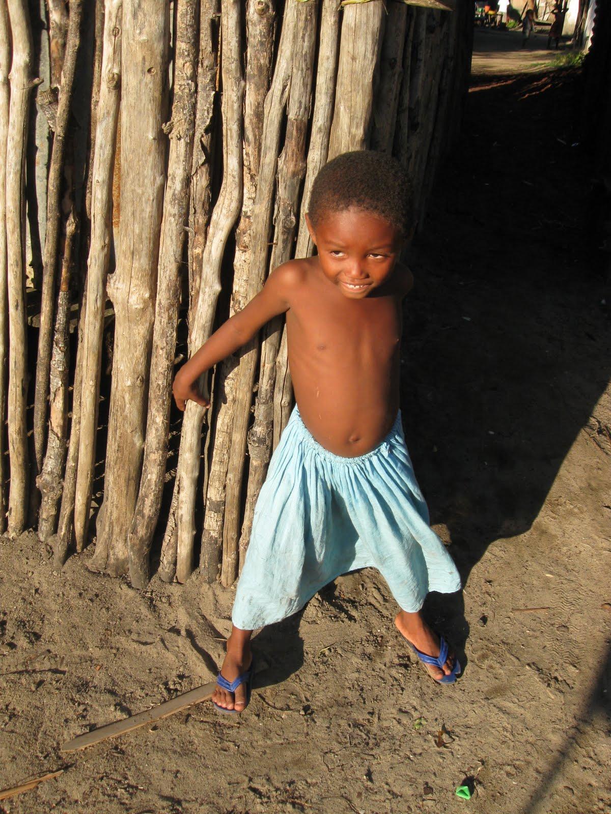 http://1.bp.blogspot.com/_56_0QZgR3nI/THYiLMeMhpI/AAAAAAAABZc/cjjeoxZzsYc/s1600/Del+Paradiso+2+foto+Nosy+Be+Madagascar+lug+2009+390.jpg