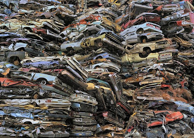 Crushed cars #2, Tacoma 2004 - Chris Jordan
