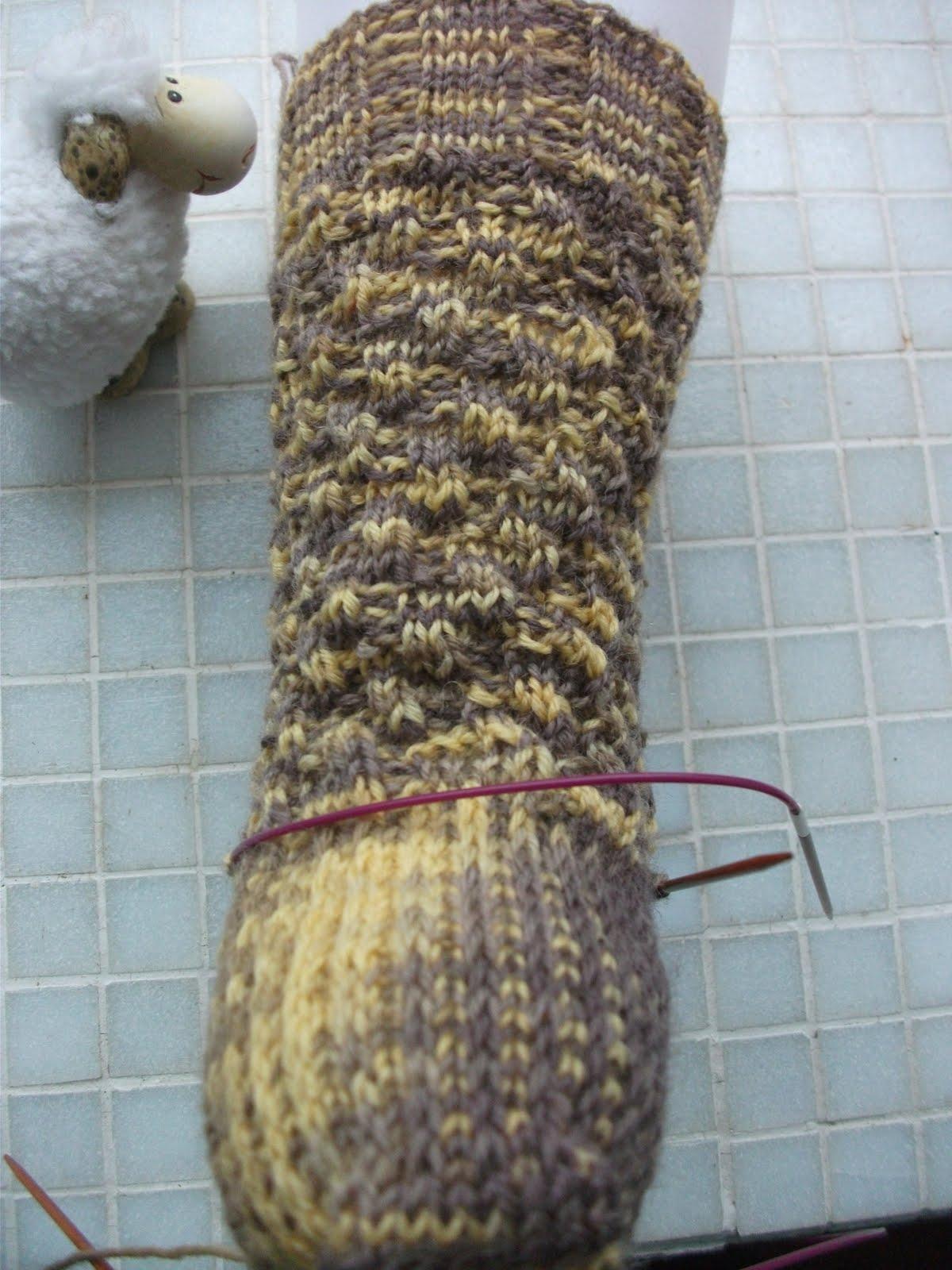 Pflastersteine Muster Stricken :  ich gestern ein neues muster ausprobiert das pflastersteinemuster von
