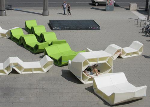 El sitio eriazo enzo mobiliario urbano for Mobiliario urbano contemporaneo