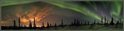 http://1.bp.blogspot.com/_58Ig-XbOcjg/Sa2fQuQbxTI/AAAAAAAAAYo/a0RJ-gwWWaI/s400/090227-twan-aurora.hlarge