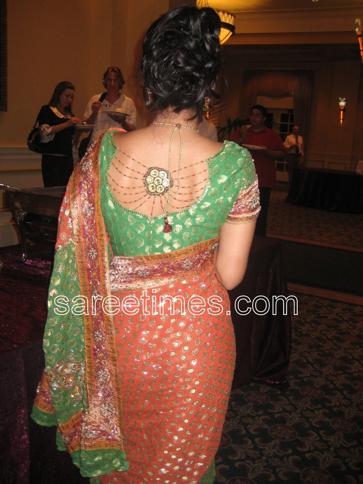 Blouse Back Neck Designs,Blouse Back Designs,Indian Blouse Back