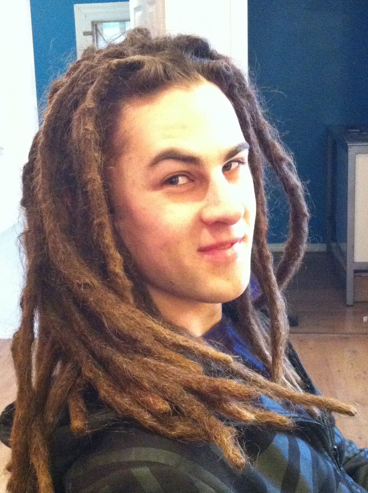 How do you find a hairdresser to do dreadlocks?