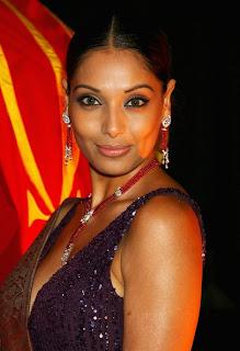 Bipasha Basu hot indian actress