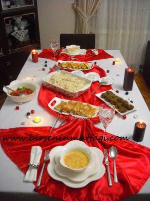 Evde Romantik Akşam Yemeği Nasıl Hazırlanır