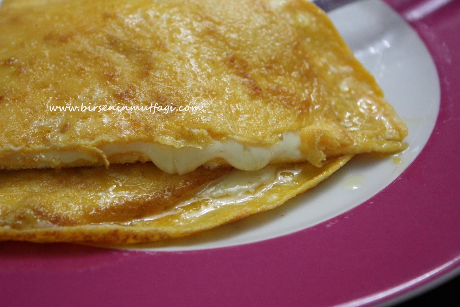 Beyaz Peynirli Omlet