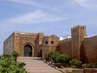 Palace gate/بوابة القصر