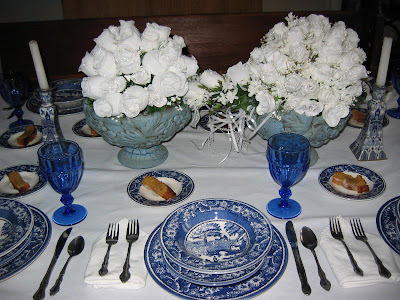 TABLESCAPE TUESDAY- WILD ROSE TABLE SETTING. A SUNDAY FAMILY DINNER