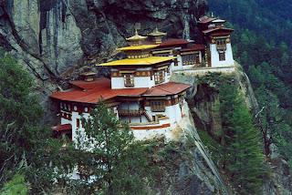 Bhutan Buddhism: Taktshang, Paro