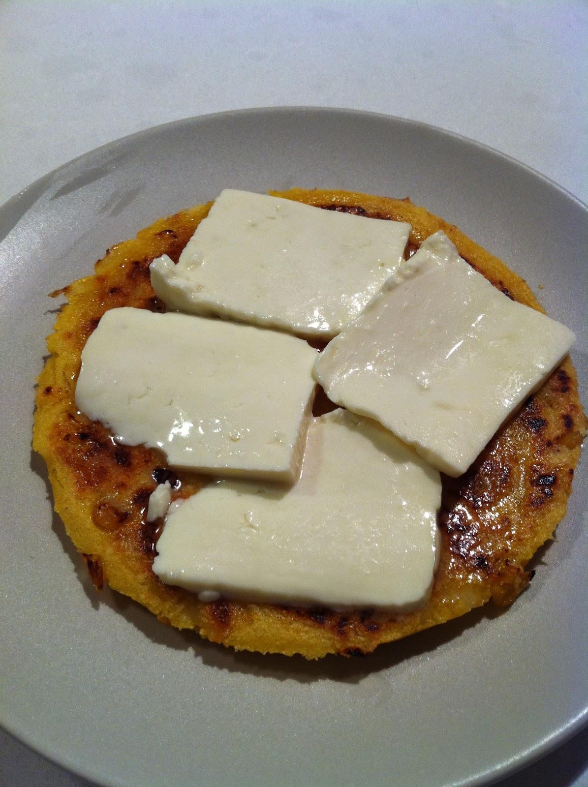 "My Kitchen's Flavors: Arepas de Choclo ""Sweet Corn Arepas"""