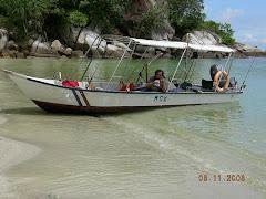 bot pergi pulau 9
