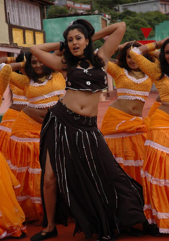 , Tamil Actress Sheryl Brindo Pics