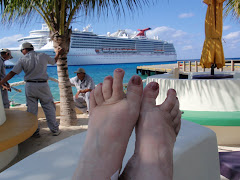 Flaring toes in Cozumel