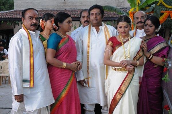 phtos, Malayalam Movie stills, filmfocuz.blogspot.com: Prakash Raj