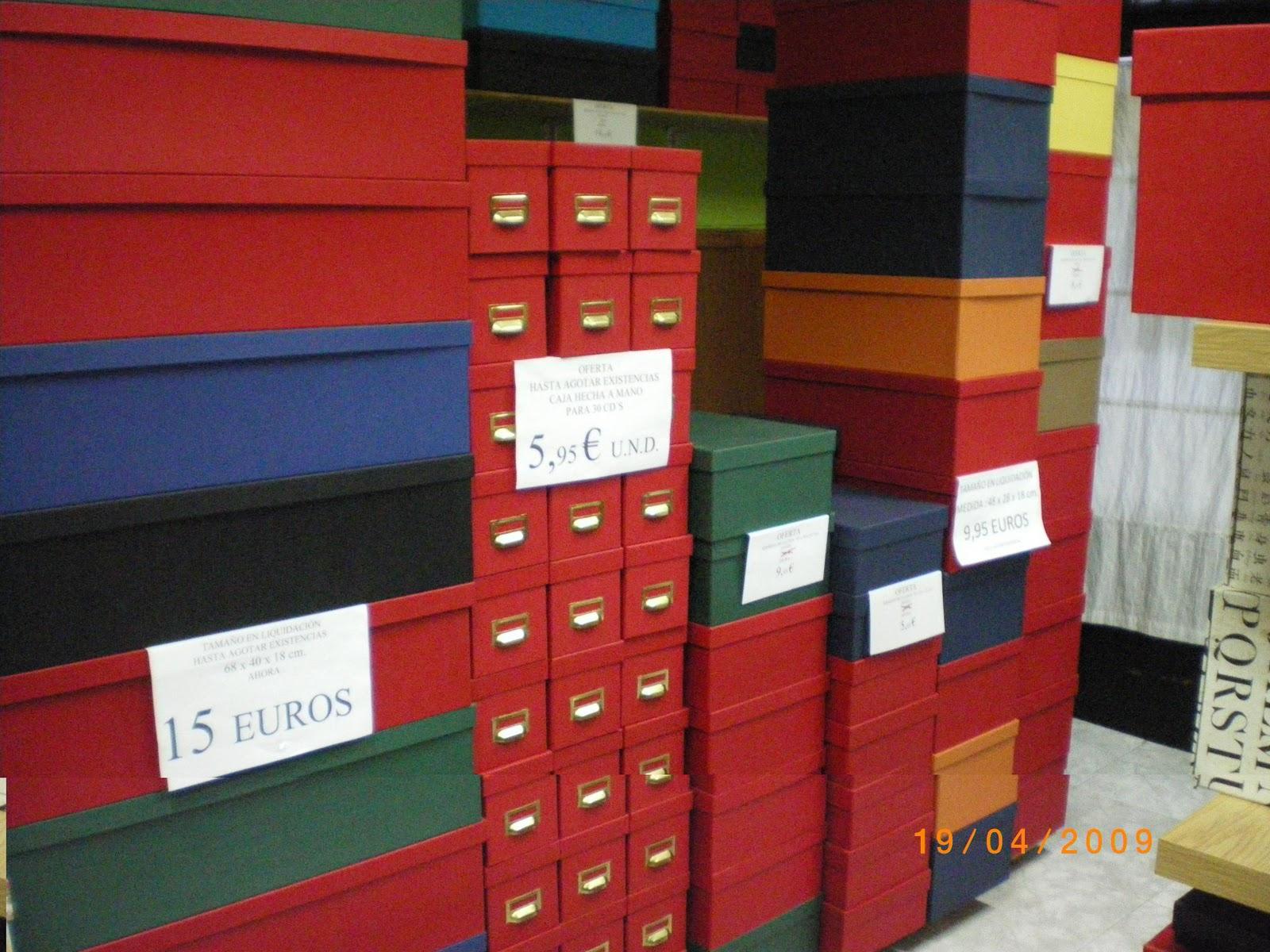 Cajas de cart n a medida cajas de regalo de tienda for Cajas de carton madrid