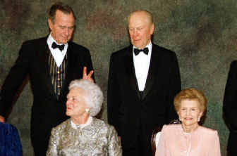 Presidents Bush and Ford with their wives