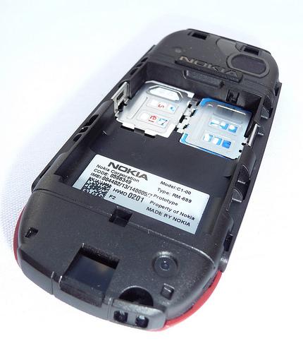 HCM - Nokia c1-00. 2 sim 2 sóng, bin trâu, sóng khoẻ. Giá 280k ...
