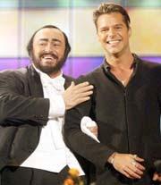 La Mia Canzone al Vento. Luciano Pavarotti & Ricky Martin. Video