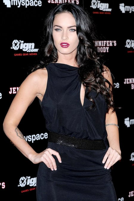 [gallery_main-0724_megan_fox_comiccon_00.jpg]