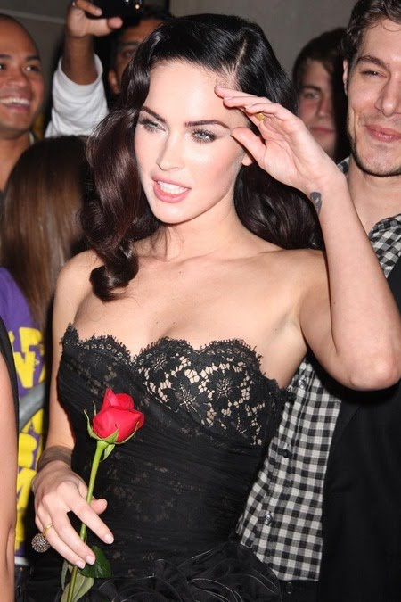 [gallery_main-0911_megan_fox_tiff_02.jpg]