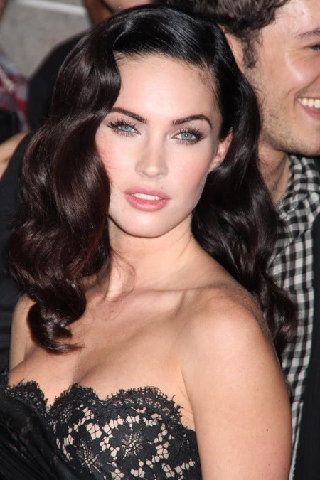 [gallery_main-0911_megan_fox_tiff_13.jpg]